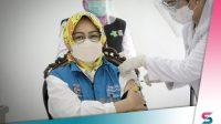 Berita Banten, Berita Tangsel: Airin Jalani Suntik Vaksin: Semoga Masyarakat Percaya dan Mau Divaksin