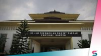 Berita Banten, Berita Serang: Terlambat Hampir 2 Pekan, Akhirnya Anggota DPRD Banten Gajian