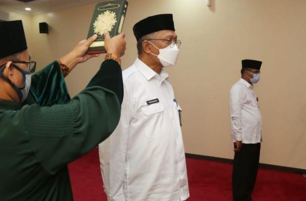 Berita Banten, Berita Banten Terbaru, Berita Banten Hari Ini, Berita Serang, Berita Serang Terbaru, Berita Serang Hari Ini: Pencopotan Kepala DPUPR Dipertanyakan