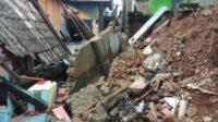Berita Banten, Berita Banten Terbaru, Berita Banten Hari Ini, Berita Serang, Berita Serang Terbaru, Berita Serang Hari Ini: Hujan Deras, 2 Rumah di Kota Serang Roboh