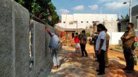 Berita Banten, Berita Banten Terbaru, Berita Banten Hari Ini, Berita Tangsel, Berita Tangsel Terbaru, Berita Tangsel Hari Ini: Tembok yang Mentutup Akses Warga di Ciputat Akhirnya Dibongkar